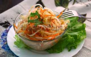 салат из дайкона с морковью и яблоком