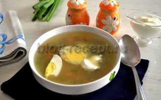 Готовим суп с щавелем и яйцом