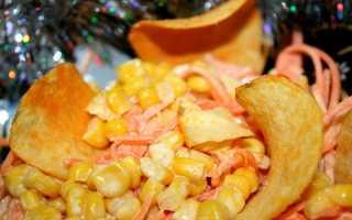 рецепт салата с чипсами и курицей