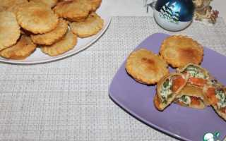 Жареные пирожки с брынзой