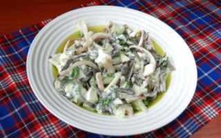 салат с кальмаром и морской капустой