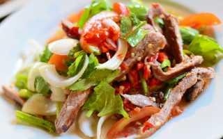 салат из свинины с маринованным луком